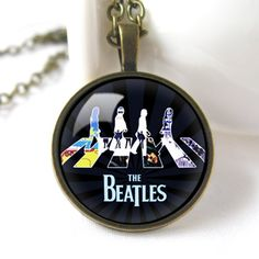 Retro+Style+Handmade+Glass+Dome+Necklace,+The+Beatles,+C-063
