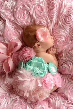 Hey, I found this really awesome Etsy listing at http://www.etsy.com/es/listing/108359009/pink-and-aqua-pregnancy-maternity-sash
