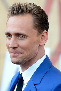 Tom Hiddleston attends the premiere of Sony Pictures Classics' I Saw The Light at the Egyptian Theatre on March 22, 2016. Full size image (UHQ): http://ww1.sinaimg.cn/large/6e14d388jw1f26p6jmminj21uo2bc7r8.jpg Source: Torrilla, Weibo http://www.weibo.com/1846858632/DnziB4IDZ?from=page_1005051846858632_profile&wvr=6&mod=weibotime&type=comment#_rnd1458754810819
