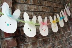 Easter Bunny Banner Easter Garland Nursery Room by AveryleeDesigns Easter Birthday Party, Bunny Birthday, First Birthday Parties, Birthday Ideas, Easter Garland, Easter Banner, Papier Kind, Bunny Party, Hoppy Easter