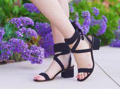 "274 Likes, 20 Comments - Hannah Hagler (@hannahhagler) on Instagram: ""Perfect summer shoes, perfect summer flowers. ☺️💜 // http://liketk.it/2oq9L @liketoknow.it #liketkit"""