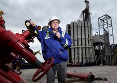 Dozens of Lancashire business people attended a conference where campaigners called for politicians to get behind Lancashire's shale gas proposals.