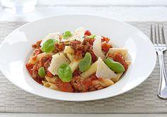 Italian Sausage and Tomato Pasta recipe - Easy Countdown Recipes Tomato Pasta Recipe, Pasta Recipes, Dinner Recipes, Cooking Recipes, Italian Sausage Pasta, Menu Planners, Penne Pasta, Brisket, Meals