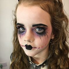 Scary Doll Costume, Creepy Doll Makeup, Scary Dolls, Scary Makeup, Cute Doll Makeup, Broken Doll Makeup, Doll Face Makeup, Skull Makeup, Costume Makeup