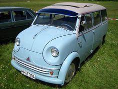 1956 Lloyd LT600 looks like it's smiling :)