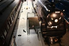 Fantômes ferroviaires (2014) / Railway Ghosts (2014) #exporail #musée #museum #trains #familyactivities #Halloween Trains, Railway Museum, Canada, Family Activities, Ghosts, Halloween, Halloween Labels, Demons, Spooky Halloween