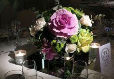 Cajas de espejo con flores, repollos y follaje by Mercedes Courreges Ambientaciones