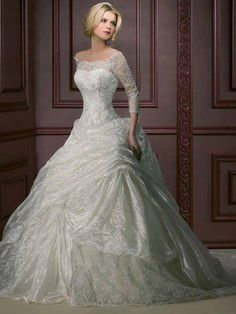 my dream wedding dress ya absolutely gorgeous? Who wouldn't love this dress!?