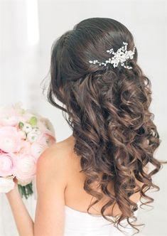 14 beautiful wedding hairstyles for 2019 frisuren haare hair hair long hair short Quince Hairstyles, Wedding Hairstyles For Long Hair, Wedding Hair And Makeup, Bride Hairstyles, Easy Hairstyles, Bridal Hair, Hairstyles 2018, Brunette Hairstyles, Hair Wedding
