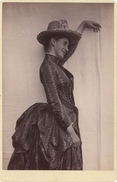 1886, [cabinet card, portrait of a coy Eleanor Brooks Saltonstall] - love the relaxed pose and expression