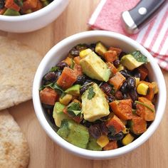 Black bean, avocado & sweet potato salad with lime dressing: hot and zesty, this amazing salad is filling, comforting and totally wholesome.