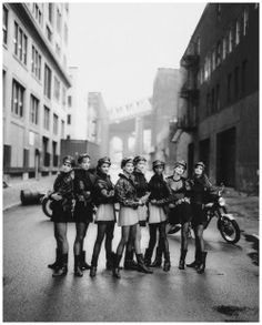 In 1991, photographer Peter Lindbergh shot the elite eight of Supermodels in Brooklyn, NY for the September 1991 issue of American Vogue– Cindy Crawford, Tatjana Patitz, Helena Christensen, Linda Evangelista, Claudia Schiffer, Naomi Campbell, Karen Mulder, and Stephanie Seymour.
