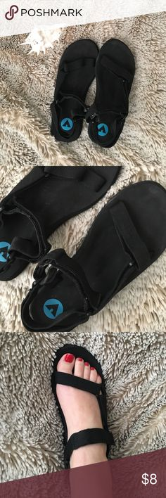 Black Sport Sandals Cute little Sandals for the beach or a walk through the park, no tears but I will clean the scuffs on the shoes and make them look new! No trades and make me an offer 💋 15% off 2+ bundles Shoes Sandals