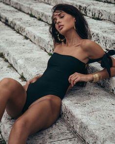 QueenV II Bikini Poses, Wild Style, Fit Chicks, Monokini, Sexy Bikini, Fashion Models, Bikinis, Swimwear, Beautiful Women