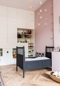 A house from 1900 in Amsterdam - Lili in wonderland - Kids Room Best Pin Cool Kids Bedrooms, Pink Bedrooms, Girls Bedroom, Modern Girls Rooms, Trendy Bedroom, Rooms Decoration, Pink Decorations, Kids Room Design, Room Kids