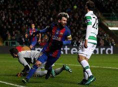 Lionel Messi of Barcelona celebrates scoring his sides first goal during the UEFA Champions League Group C match between Celtic FC and FC Barcelona at Celtic Park Stadium on November 23, 2016 in Glasgow, Scotland.