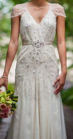 Jenny Packham Willow Wedding Dress 26% Off| Tradesy Weddings
