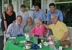 2014 Mother's Day Brunch guests at Legend Oaks!