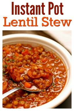 Slow Cooker Lentil Stew–a comforting bowl of stew that can be make vegan or can be made with smoked sausage. Lentils simmer in the slow cooker all day and soak up all the flavors of the stew. The leftovers make a great lunch the next day too. Vegan Crockpot Recipes, Lentil Recipes, Soup Recipes, Cooking Recipes, Vegetarian Recipes, Crockpot Meals, Chili Recipes, Dinner Recipes, Pressure Cooker Recipes