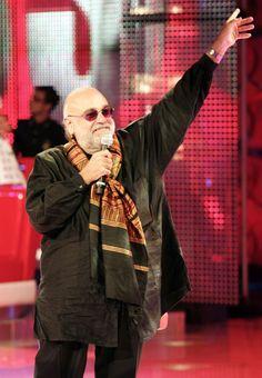 E' morto Demis Roussos, la voce di Forever and Ever - Cultura - ANSA.it
