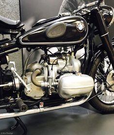 BoxerCafe' Bmw Boxer, Bmw Motorcycles, Dream Garage, Twins, Tumblr, Classic, Flat, Motorbikes, Bmw Motorrad