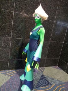 Amazing peridot (steven universe) cosplay by hanari-San on tumblr