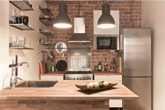 love exposed brick and wood Loft Kitchen, Kitchen Tiles, Kitchen Interior, Home Interior Design, Kitchen Dining, Industrial Kitchen Island, Kitchen Island Decor, Exposed Brick Kitchen, Kitchen Brick
