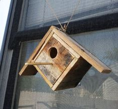 Picture of See Thru Pallet Birdhouse