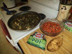 Ono Kine friend Leslie Ann Hynson-Spencer made her own Spencer Chicken Luau Stew Hawaiian Recipes, Asian Recipes, Ethnic Recipes, Luau Stew Recipe, Turkey Recipes, Chicken Recipes, Ono Kine Recipes, Leslie Ann, Turmeric Recipes