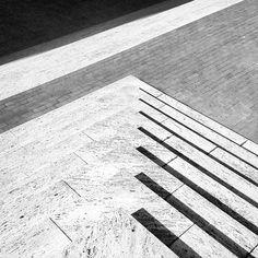 steps Photo by @happymundane • Instagram