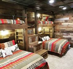 Check out this adult bunk room! Plenty of room for family and friends. This design features pull out drawers, rustic barn wood, tin details, and gas piping. This is one & Read More The post Reclaimed Wood Bunk Room appeared first on Rosa Home Decor. Cabin Homes, Log Homes, Bunk Bed Rooms, Adult Bunk Beds, Bunk Beds For Boys Room, Bunk Bed Designs, Tiny House Design, Rustic House Design, Spare Room