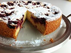 El Hotel Las Verbenas era donde nos alojábamos cada vez que visitábamos La Cumbrecita, provincia de Córdoba. Era un lugar de cuentos... Sweet Recipes, Cake Recipes, Plum Cake, Ottolenghi, Cakes And More, No Bake Cake, Banana Bread, Cupcake Cakes, French Toast