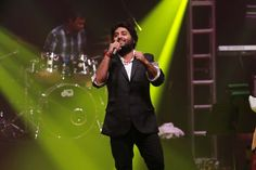 Arijit Singh's public apology on social media to Salman Khan has created quite a stir amongst the movie goers. The singer apologised
