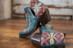 The Ariat x Pendleton Collection combines Ariat's key design principles—authentic equestrian heritage and genuine style and comfort—with Pendleton's luxurious wool textiles and iconic designs. Key Design, Icon Design, Cowgirl Style, Cowgirl Fashion, Tap Shoes, Dance Shoes, Aztec, Equestrian, Fabric Design