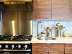 kitchens with no upper cabinets | Vent hood -- Independent or ...
