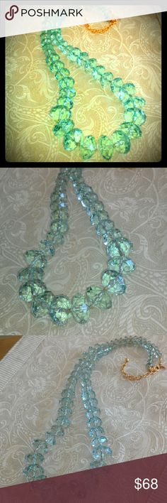Joan Rivers Light Ice Green Resin Lucite Necklace Stunning necklace in excellent condition. Joan Rivers Jewelry Necklaces