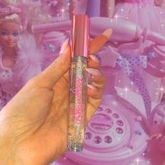 Clear Glitter Lip Gloss, Glitter Lips, Gloss Labial, Best Lip Gloss, Homemade Lip Balm, Makeup Obsession, Glossy Lips, Cute Makeup, Lip Care