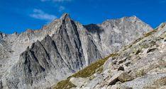 Monte Nero e Presanella versante est, salendo alla difficile Cima Cornisello. Solo per esperti ravanatori allenati  ● http://girovagandoinmontagna.com/gim/adamello-presanella/(presanella)-ravanata-a-cima-cornisello-m-3158/