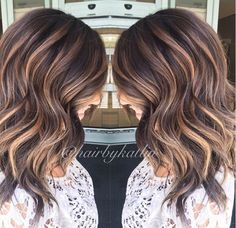 6 Great Balayage Short Hair Looks – Stylish Hairstyles Bayalage, Balayage Hair, Balayage Brunette, Subtle Balayage, Haircolor, Brown Hair With Balayage, Dark Brown Hair With Highlights Balayage, Short Balayage, Balayage Color