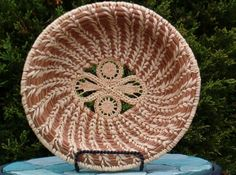 Pine needle basket with figure 8 center