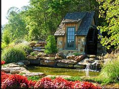 little cottage . would love to have this in my backyard. there's a perfect spot for dreaming ! Stone Cottages, Small Cottages, Cabins And Cottages, Fairytale Cottage, Storybook Cottage, Beautiful Gardens, Beautiful Homes, Beautiful Places, Cute Cottage
