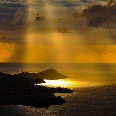 Last lights of day #sun #elba #isoladelba #flower #violet #sunlight #sunset #beautiful #twitter #instagood #sunset #evening #colorful #win #winner #looking #photomanipulation #instapic #influencer #fashionblogger #travelblogger #followme #travelinfluencer #500px View my portfolio on http://ift.tt/xmAcR4