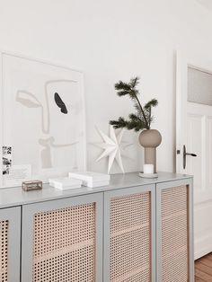 my scandinavian home: Dreaming of a White Christmas in Sandra's Serene Home Living Room Decor, Bedroom Decor, Interior Decorating, Interior Design, Interior Colors, Diy Decorating, Interior Ideas, Bench Decor, Scandinavian Home
