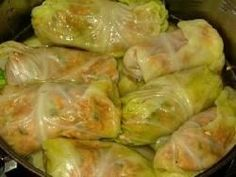 Amish recipes- UNstuffed Pepper Cabbage Rolls in the crock pot. Looks like it could be pretty tasty Cabbage Rolls Recipe, Cabbage Recipes, Pigs In A Blanket Recipe Cabbage, Czech Recipes, Ethnic Recipes, Sweet And Sour Cabbage, Crockpot Recipes, Cooking Recipes, Unstuffed Cabbage