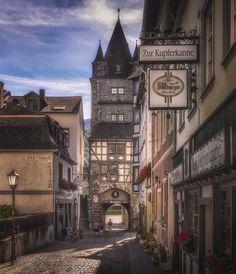 Marktturm - The gate tower Marktturm in Bacharach, Germany.