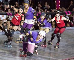 Canon 50D does ROLLER DERBY | Flickr - Photo Sharing!