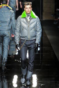 Versace   Fall 2012 Menswear Collection   Style.com
