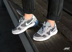 Nike // Nike Wmns Air Vortex ´17 (Stealth / Glacier Blue - Dark Grey - White)