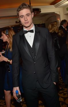 Celebrity Gossip & News | 26 Pictures of Max Irons Looking Utterly Adorable | POPSUGAR Celebrity UK Photo 6