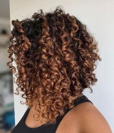 Bob Haircut Curly, Wavy Bob Hairstyles, Haircuts For Curly Hair, Curly Hair Cuts, Short Curly Hair, Curly Hair Styles, Natural Hair Styles, Thick Hair, Ombre Curly Hair